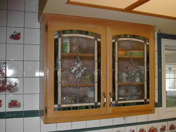 The glass cabinet doors advantage cabinets direct for Glass kitchen cabinet doors