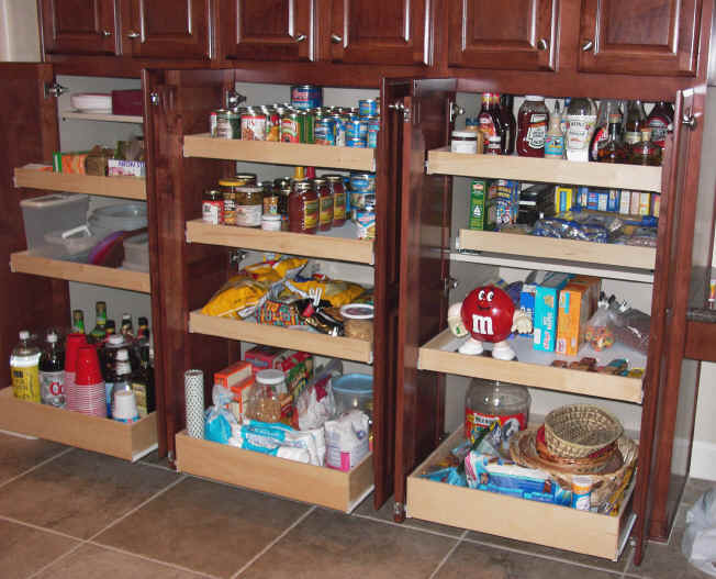 Pantry Cabinets To Boost Your Kitchen\'s Efficiency | Cabinets Direct