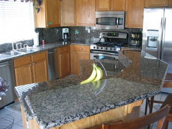 Low  granite countertops cost