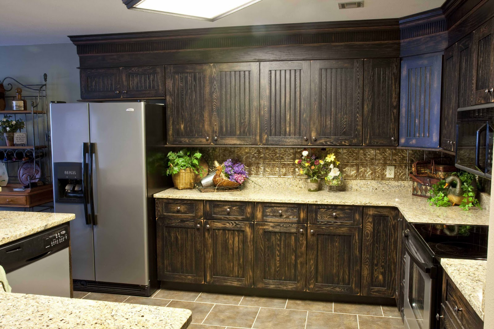 Cabinet refacing easy and quick kitchen makeover option for Kitchen cupboard options