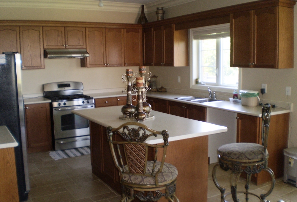 the idea behind the custom kitchen cabinets 1739